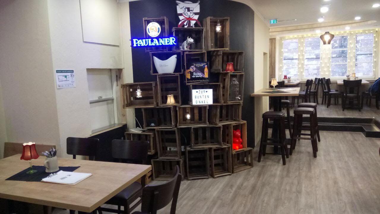 Restaurant, Café, Bar – Zum Bunten Onkel Freiburg – Münsterplatz